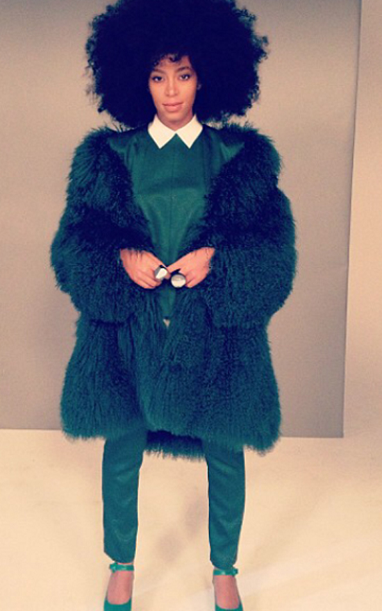 Solange rockin' the emerald tones